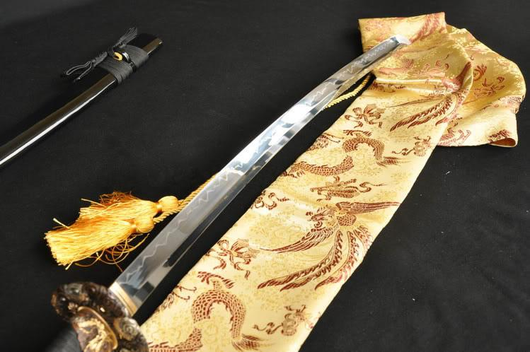 Japanese Samurai Sword Katana Clay Tempered Unokubi-Zukuri Blade Very Sharp