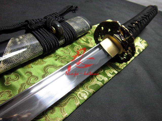 Battle Ready Clay Tempered Folded Blade Japanese Samurai Katana Cucurbit Tsuba Sharpened Sword